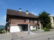 Die Geschäftsstelle der Raiffeisenbank Neckertal in Oberhelfenschwil. (Bild: PD)