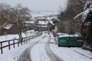 Der Schnee setzte den Bauarbeiten an der Schlossstrasse zu. (Bild: Hannelore Bruderer)
