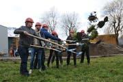 Spatenstich zum Bau des neuen Gemeindewerkhofes in Buochs. (Bild: Matthias Piazza (Buochs, 11. Februar 2019))