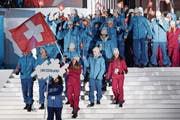 Die Schweizer Delegation bei der sonntäglichen Eröffnungsfeier in Sarajevo. Bild: Swiss Olympic/Adrian Götschi (10. Februar 2019)