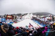 Wegen Nebel im obersten Teil sahen die Fans am Samstag nur eine verkürzte Männer-Abfahrt. (Bild: Joel Marklund/Bildbyran (Åre, 9. Februar 2019))