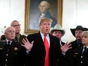 «40 Jahre des Versagens»: US-Präsident Donald Trump kritisiert die iranische Führung zum 40. Jahrestag der Islamischen Revolution scharf. (Bild: KEYSTONE/AP/MANUEL BALCE CENETA)