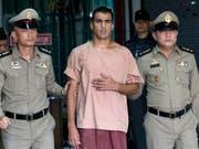 Muss die Auslieferung nach Bahrain nicht mehr fürchten: Der Fussballer Hakeem Al-Araibi nach einer Anhörung vor dem Kriminalgericht in Bangkok. (Bild: KEYSTONE/AP/SAKCHAI LALIT)