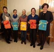 Sie konnten sich einen Missen-Titel holen: (von links) Chrigi Betschart, M-Theres Walker, Hanni Marty, Cornelia Bischof und Pia Huber. (Bild: PD)