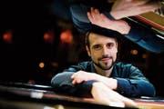 Jazzpianist Claude Diallo spielt im Schloss Dottenwil. (Bild: PD)