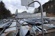 November 2010, eineinhalb Jahre nach dem Unglück: Was von der Halle übrig blieb. (Bild: Ralph Ribi, 10. November 2010)