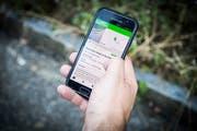 Neue Medien sollen in der Gossauer Kommunikation an Bedeutung gewinnen. Im Bild die Stadtmelder-App. (Bild: Ralph Ribi (27. Juli 2018))