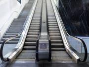 Der Umsatz und Gewinn des Lift- und Rolltreppenherstellers Schindler ist im vergangenen Jahr deutlich nach oben gegangen. (Bild: KEYSTONE/GAETAN BALLY)