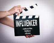 Bei Werbung im Internet halten nicht alle Influencer die Regeln ein. (Bild: Getty)