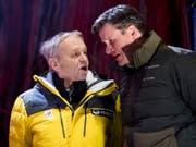 FIS-Präsident Gian Franco Kasper (links) in Are im Gespräch mit Swiss-Ski-Präsident Urs Lehmann (Bild: KEYSTONE/JEAN-CHRISTOPHE BOTT)