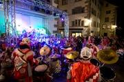 Die teilnehmenden Guggenmusiken werden sich am 4. März nicht nur musikalisch messen. Bild: Maria Schmid (Zug, 23. Februar 2017)
