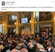 Der Wiler SP-Kantonsrat Dario Sulzer postete auf Facebook ein Foto aus dem Saal. (Bild: Dario Sulzer/Facebook)