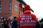 Das Lied «You'll never walk alone» ist unzertrennlich mit dem FC Liverpool und seinen Anhängern verbunden. (Bild: David Blunsden/Imago)