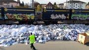 Vor der Eröffnung des Regionalen Annahmezentrums in Weinfelden sammelten die Vereine 110 Tonnen Altpapier pro Sammeltag. Nun ist es noch die Hälfte. (Bild: PD)
