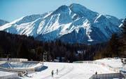Langlaufen vor dem Wettersteingebirge: Ab morgen wird hier um Medaillen gesprintet. (Bild: APA (Seefeld, 18. Februar 2019))