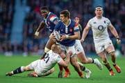 Auch zwischen England (in Weiss) und Frankreich ging es am diesjährigen Six-Nations-Cup hart zur Sache. (Bild: Tim Williams/Imago (London, 10. Februar))