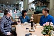 Schauspieler Thomas Beck, Schauspielerin Boglarka Horvath und Regisseur Tim Kramer bei der Diskussion über Daniel Kehlmanns Stück. (Foto: Mareycke Frehner)