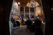 Parlamentarier debattieren während der Wintersession der Eidgenössischen Räte, im Ständerat in Bern. (Bild: Keystone/Anthony Anex/29. November 2018)