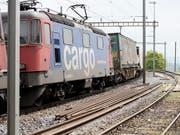 SBB Cargo will die Überprüfung von schwach frequentierten Bedienpunkten für den Einzel-Wagenladungsverkehr schneller vorantreiben als zunächst geplant. (Bild: KEYSTONE/GAETAN BALLY)