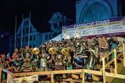 Die Guuggenmusig Ziegelhöttler aus Herisau überzeugte auch mit ihren tanzenden Cinellistinnen. (Bild: André A. Niederberger, Stans, 23. Februar 2019)