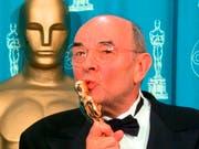 Der US-Regisseur Stanley Donen ist bereits am Donnerstag im hohen Alter verstorben. (Bild: KEYSTONE/AP/REED SAXON)