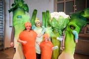 Familie Brunner aus St.Margarethen zeigt sich als Bio-Gemüse. (Bilder: Maya Heizmann)