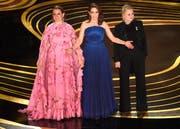 Sie wollten für Lacher sorgen: Die Schauspielerinnen Maya Rudolph, Tina Fey und Amy Poehler. (Bild: Chris Pizzello / Keystone)