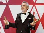Sein Film «Roma» gewann drei Oscars, doch der wichtigste ging an die Konkurrenz: Alfonso Cuarón. (Bild: EPA/ETIENNE LAURENT)