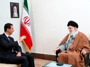 Syriens Präsident Baschar al-Assad (l.) und Irans oberster Führer Ajatollah Ali Chamenei am Montag in Teheran. (Bild: KEYSTONE/AP Office of the Iranian Supreme Leader)