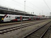 Dieser Zug fährt eigentlich in London, statt in Konstanz. (Bild: Michael Ebneter)