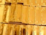 Neuer Gigant unter den Goldproduzenten soll entstehen. (Bild: KEYSTONE/MARTIN RUETSCHI)