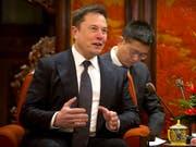 Elon Musk muss sich auf neuen Ärger mit der US-Börsenaufsicht SEC wegen der Benutzung von Twitter einstellen. (Bild: KEYSTONE/Pool AP/MARK SCHIEFELBEIN)