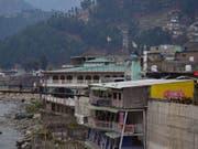 Ein Terroristencamp in der Stadt Balakot in der Nähe der Kontrollinie in Kaschmir soll nach indischen Angaben Ziel eines Luftangriffs geworden sein. (Bild: Keystone/AP/AQEEL AHMED)