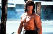 Sylvester Stallone als Rambo. Viel junge Männer haben ihm damals nachgeeifert und den Fitnesscentern einen regen Zulauf beschert. (Bild: TriStar/Getty Images)
