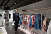 Lukas Weber ist Mitglied der Geschäftsführung von Mode Weber und Sohn des Firmenbesitzers Erich Weber. (Bild: Aliena Trefny)