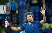 Roger Federer musste in Dubai auch im Achtelfinal gegen Fernando Verdasco über drei Sätze gehen (Bild: Ali Haider / Keystone)
