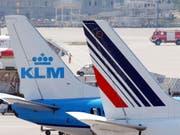 Air France und die niederländische Airline KLM haben sich 2004 zusammengeschlossen. (Bild: KEYSTONE/STEFFEN SCHMIDT)