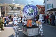 Astronauten reisen «Rund umä Globus». (Bild: Marion Wannemacher, Sachseln, 28. Februar 2019)