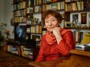 Erst mit weit über 70 Jahren wechselte sie vom Theater- ins Filmgeschäft: Schauspielerin Monica Gubser. Nun ist die Schweizerin im Alter von 88 Jahren verstorben. (Bild: KEYSTONE/CHRISTIAN BEUTLER)