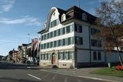 In Bühler kommt es zur Kampfwahl: Gemeinderat Jürg Engler will den Sitz der bisherigen Gemeindepräsidentin Inge Schmid. (Bild: PD)