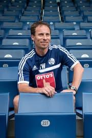 Bild aus der Vergangenheit: Thomas Wyss Mitte Juni 2013 bei der Vorstellung als neuer Co-Trainer beim FC Luzern. (Bild: Dominik Wunderli)