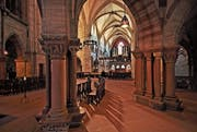 Im Basler Münster. Am 8. Februar 1519 stürmten die aufgebrachten Gesinnungsgenossen gewaltsam die Hauptkirche der Rheinstadt und zerstörten sämtliche «Götzenbilder». (Bild: Andreas Faessler)