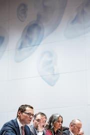 SVP-Mitglieder der aussenpolitischen Kommission des Nationalrats anlässlich des Hearings zum Rahmenabkommen. Ab Montag debattiert sie über die Kohäsionsmilliarde. (Bild: Peter Klaunzer (Bern, 15. Januar 2019))
