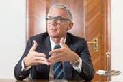 Credit-Suisse-Präsident Urs Rohner im Hauptsitz der Bank am Paradeplatz in Zürich. (Bild: Claudio Thoma, 1. Februar 2019)
