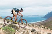 Thomas Litscher in einem neuen Dress und auf einem neuen Fully: Der 29-jährige Thaler bestritt mit einem Vieretappenrennen auf Lanzarote seinen ersten Wettkampf für sein neues Team KMC Ekoi Orbea. (Bild: Armin M.Küstenbrück/EGO-Promotion)