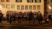 Laut und bunt ging es am Donnerstagabend zu und her beim «Städtli-Monster» in Lichtensteig. (Bild: Sascha Erni)