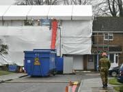 Die Dekontaminierung des Hauses des früheren Spions Sergej Skripal dauerte mehrere Monate. (Bild: Keystone/AP PA/BEN BIRCHALL)