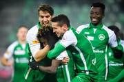 Ob die St.Galler Kicker wie Anfang Februar gegen den FC Zürich auch gegen Xamax Neuchâtel wieder jubeln können, wird sich weisen. (Bild: Gian Ehrenzeller/KEY)