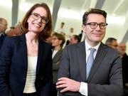 CVP Regierungsrat Benedikt Würth hat im ersten Wahlgang das beste Resultat erzielt, FDP-Kandidatin Susanne Vincenz-Stauffacher folgt mit einem Abstand von rund 12'500 Stimmen. KEYSTONE/Walter Bieri).. (Bild: KEYSTONE/WALTER BIERI)