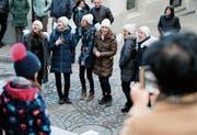 Die Gruppe tonique – the singing ladies singt bei der Ankenwaage in der Altstadt. (Bild: Stefan Kaiser (Zug, 10. März 2019))